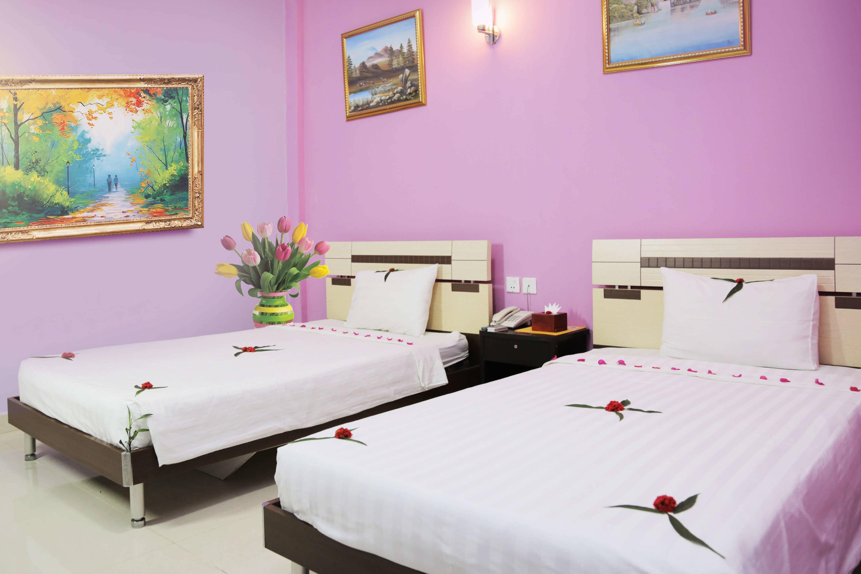 Cozy Hotel Rooms