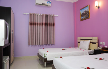 Hotel Rooms With Business Equipments